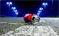 Ligne de Coke: La fin du rêve américain [Explored] (Hervé Marchand) Tags: light night streetlamp lumière straw bretagne line coca nuit rennes lampadaire ligne paille spr inexplore