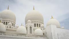 Domes (Bartholomew K Poonsiri) Tags: white building islam religion uae middleeast wideangle mosque structure abudhabi sheikhzayedgrandmosque sonyepz1650mmf3556oss sonyilce6000