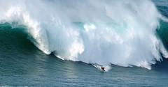 ANDREW COTTON / 7217SUW (Rafael Gonzlez de Riancho (Lunada) / Rafa Rianch) Tags: sea mer portugal sports water mar surf waves surfing vague olas deportes ondas nazar onda barrell tubos andrewcotton