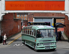 326CAA King Alfred Departs the bus station in Winchester (martin 65) Tags: road travel friends bus public buses vintage king transport running hampshire valley dorset portsmouth vehicle alfred preserved winchester preservation alder hants 152016