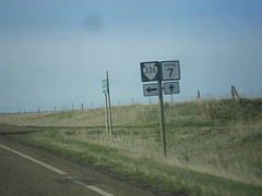 MT-7 South at MTS-336 (sagebrushgis) Tags: sign montana intersection shield falloncounty mt7 mts336