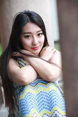DP1U0172 (c0466art) Tags: light portrait girl beautiful smile face female canon pose nice eyes asia pretty action sweet outdoor gorgeous goddess taiwan joan figure lovely charming elegant wu  1dx c0466art