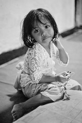 (kuuan) Tags: ltm portrait bw bali girl canon 50mm kid child f14 rangefinder mf manualfocus 1450 m39 f1450mm ilce7 canonltmf1450mm