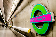 Pimped (Sean Batten) Tags: city pink england urban green london 35mm subway nikon metro unitedkingdom tube platform gb londonunderground southwark d800 photo24london
