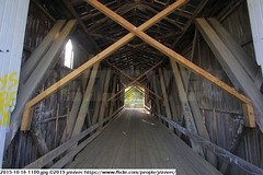 2015-10-16 1180 (Badger 23 / jezevec) Tags: pictures travel bridge vacation tourism arquitetura architecture rural america puente photography photo arquitectura midwest unitedstates image photos indiana images ponte american covered coveredbridge architektur pont brug thingstodo brcke   architettura architectuur arkitektur 1100  destinations midwestern architektura silta   arhitektura ponticello pontcouvert  pontecoberta        arhitektuur overdektebrug   lvka puentecubierto berdachtebrcke stavebnictv overdkketbro katettusilta    dekketbroen pokrytemostu  omfattasbro