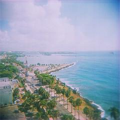 santo domingo (thomasw.) Tags: street travel 120 analog holga cross mf expired santodomingo crossed caribe karibik dominikanischerepublik