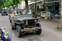 1943 Willys MB Jeep (Davydutchy) Tags: netherlands truck army ride jeep military may nederland hobby voiture lorry vehicle frise rit heer convoy paysbas friesland willys armee leger niederlande militr reenacting lkw 2016 frysln militair frisia rondrit langweer tocht langwar kolonne poidslourd legervoertuig legergroen