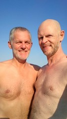 Beach time (mikael_on_flickr) Tags: gay summer two portrait man male men guy beach strand us couple estate sommer paar guys uomo mann ritratto spiaggia due hombre husbands franco hommes mnner noi homme coppia hombres mec mikael uomini doubleportrait maschio maschile lidodidante spiaggianaturista