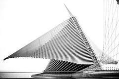 You Watch Your Lines (Thomas Hawk) Tags: bw usa wisconsin architecture america unitedstates fav50 unitedstatesofamerica milwaukeeartmuseum milwaukee santiagocalatrava fav10 fav25