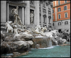 Trevi Fountain (acky904) Tags: italy rome canon tourist trevifountain attraction 40d