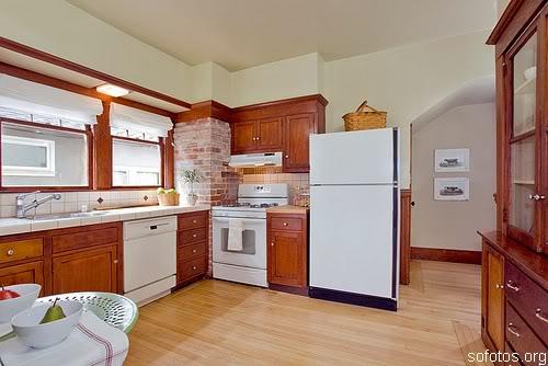 Cozinhas de madeira planejadas