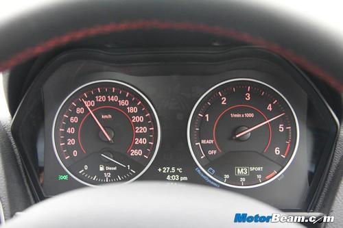 2013-BMW-1-Series-24