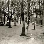 "Grote Markt Venray voor 1954 <a style=""margin-left:10px; font-size:0.8em;"" href=""http://www.flickr.com/photos/99860362@N04/10928162435/"" target=""_blank"">@flickr</a>"
