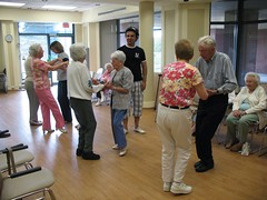 "Latin dance class 1 <a style=""margin-left:10px; font-size:0.8em;"" href=""http://www.flickr.com/photos/36621999@N03/12211062574/"" target=""_blank"">@flickr</a>"