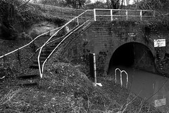Entrance to Tardebigge Tunnel - Tardebigge Canal (2geephotography) Tags: blackandwhite canals canaltunnel worcesterbirminghamcanal canon5dmkiii tardebiggecanal zeiss21mmf28distagontze 2geephotography