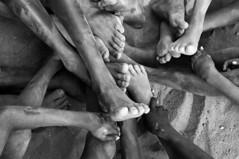 feet (daniele romagnoli) Tags: africa portrait people feet nikon artistic tribal tribes afrika omovalley tradition ethiopia tribe ethnic karo ritratto piedi cultura tribo ethnicity afrikan afrique artistico decorazioni tribu africano omo thiopien d300 rito etiopia  etnico ethiopie africani etnia tradizione tribale  pigmento ethnique etnias  etiopija ethnie omoriver  tribali  etiopien          korcho valledellomo    romagnolidaniele       x vision:mountain=0717 vision:outdoor=0632 vision:sky=0617