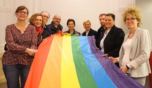 Hissung der Regenbogenfahne, 15.05.2014