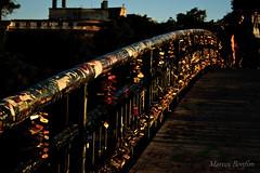 Puente Condell (Marcos Bonfim) Tags: chile santiago puente condell cadeados candados chilesantiago