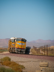 Left turn at Hodge (ahockley) Tags: california railroad up trains unionpacific locomotives hodge sd70m up3973