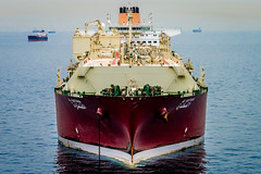 Al Gattara (Richard_Turnbull) Tags: al nikon vessel cable gas anchorage bow anchor tanker lng methane supertanker d600 gattara lngc