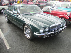 Daimler Sovereign Series 2 26WP (Andrew 2.8i) Tags: classic sovereign daimler classics in cardiff show car series2 series 2 ii executive saloon bl british leyland jaguar xj xj6