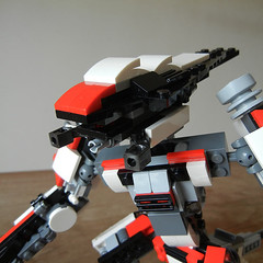 DSCN6713 (alfa145q_lego) Tags: lego legocreator vehicletransporter 31033 alternate futureflyers 31034 mecha rebuild