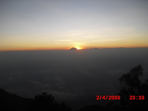 "Pengembaraan Sakuntala ank 26 Merbabu & Merapi 2014 • <a style=""font-size:0.8em;"" href=""http://www.flickr.com/photos/24767572@N00/26888453530/"" target=""_blank"">View on Flickr</a>"