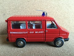 Old Cars Italy - Fiat / Iveco Daily  - Fire Brigade Crew Bus / Personnel Carrier - Sommozzatori VVF Milano  - Miniature Die Cast Metal Scale Model Emergency Services Vehicle (firehouse.ie) Tags: old italy milan bus cars toy fire model fiat milano mini daily crew oldcars bomberos department fuoco brandweer dept iveco brigade fd pompiers vigili vvf bombeiros pompieri sapeurs