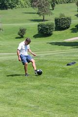 047 (patrizia lanna) Tags: persone albero allenatore buca calcio campo esterno footgolf giocatore gioco golf luce memorial movimento natura palla panorama parco prato verde rapallo italia