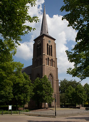 Geldrop - Heilige Maria en Brigidakerk (grotevriendelijkereus) Tags: holland tower church netherlands toren nederland neogothic kerk brabant noord neogotiek geldrop neogotisch