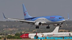 G-FDZU - Thomson Airways Boeing 737-8K5(WL) (Juan Rodriguez - PMI/LEPA) Tags: plane airplane nikon aircraft sigma boeing mallorca palma aeropuerto b747 80400mm d90 sonsanjuan sonsantjoan thomsonairways gfdzu pmilepa