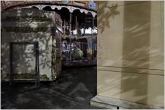ombres nocturnes 3 (LichtEinfall) Tags: shadow marseille weihnachtsmarkt ombre schatten carrousel raperre img6631schattencarrousel3000