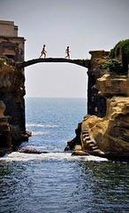 Gaiola Bridge, Naple (radiosoppeng) Tags: bridge toko naple gaiola cantik unik