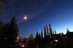 Moonlite with Sigma 10-20 (Una S) Tags: city trees sunset sky canada tree calgary night spring twilight horizon neighborhood alberta moonlight mayday