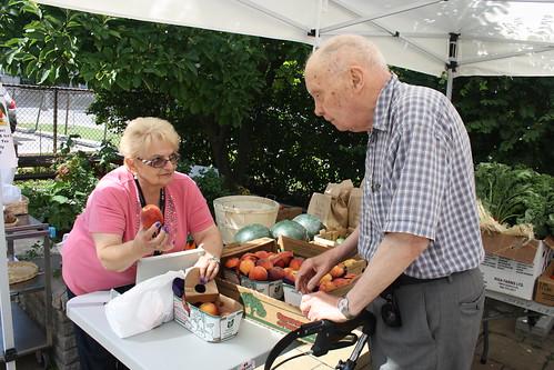 Peach Festival and Farmers' Market - 140 Merton Street - August 17, 2012 (4)