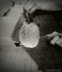 . (LauraFireflies) Tags: blancoynegro water blackwhite balloon explosion curiosity