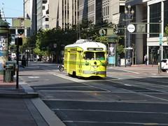201307087 San Francisco tram (taigatrommelchen) Tags: 20130728 usa ca california sanfrancisco downtown sight urban city building railway railroad mass transit tram train muni street