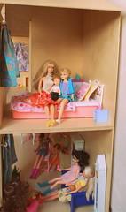 Slaapkamer + living (Justina Maria Louisa) Tags: diy plywood multiplex barbiehouse barbiehuis