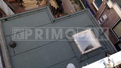 Dakdekker: Uitbouw in Utrecht voorzien van een nieuwe bitumen dakbedekking van het merk Uniegum. Bestaande dakbedekking overlaagd met een laag 460 P60 (geschroefd) met daarop gebrand de toplaag 470 K24