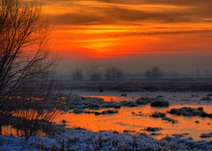 Sunset over Idle Valley, Nottinghamshire, England (Lutra56) Tags: sunset nature canon landscape countryside scenery hdr winterscene canon1855lens hdrphoto canon600d