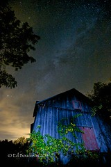 Red Door (Ed Boudreau) Tags: night barn stars milkyway oldbarn starcluster