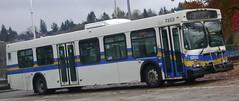 S7353 (Juan_M._Sanchez) Tags: road new bus station vancouver scott flyer loop 1999 stop translink d40lf cmbc