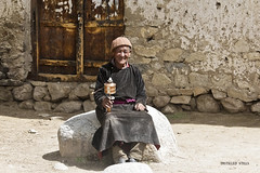 Aachu - an endearment for elderly males in Ladakhi (pradeep javedar) Tags: door portrait smile wheel wall indian prayer streetphotography roadtrip elderly leh himalayas ladakh streetportraits aachu canon600d