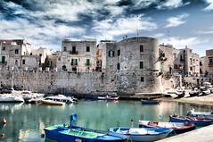 Giovinazzo - Puglia (Italy) (NIKOZAR (Nicola Zaratta)) Tags: nikon italia mare barche porto puglia hdr giovinazzo porticciolo nikond90