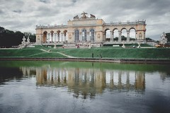 Gloriette - Schloss Schnbrunn (kareszzz) Tags: schnbrunn vienna wien park travel lake reflection building architecture canon austria spring may photowalk 1785 schloss sights gloriette schlossschnbrunn 2013 60d vroskpek
