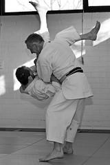 Karate (Zeldenrust) Tags: people martialart karate leisure recreation combat lutter vechten selfdefence kampfkunst kampfsport karat kmpfen artsmartiaux karatedo artemarcial selbstverteidigung zelfverdediging zeldenrust autodefensa autodfense vechtkunst vanzeldenrust hendrikvanzeldenrust realkarate kissakikai