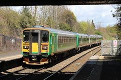 153375 (matty10120) Tags: station train transport rail railway class 153 kidderminster