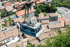 ber den Dchern (grasso.gino) Tags: rooftop nikon sanmarino dach ropeway seilbahn dcher d5200