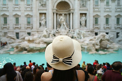 rome (Roberto.Trombetta) Tags: italy italia roma rome fontana di trevi fountain water acqua monete money change hat cappello back schiena tourist turista sony 7rii zeiss carlzeiss e sony7rii batis 25 woman girl sensual amazing view from above statue beautiful shoulder wonderful stunning fineart fine art crowd folla summer estate bokeh palace palazzo piazza square monument batis225 model fashion cute architecture people