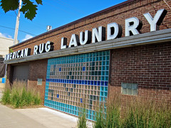 American Rug Laundry, Minneapolis, MN (Robby Virus) Tags: minnesota sign minneapolis laundry american signage rug